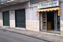 Fittasi Locale Commerciale Viale Formisano San Giorgio a Cremano NA