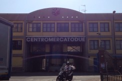Fittasi Locale Commerciale Napoli
