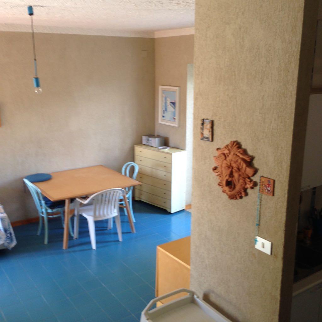 Vendesi appartamento indipendente palinuro centolatempo di for Vendesi appartamento