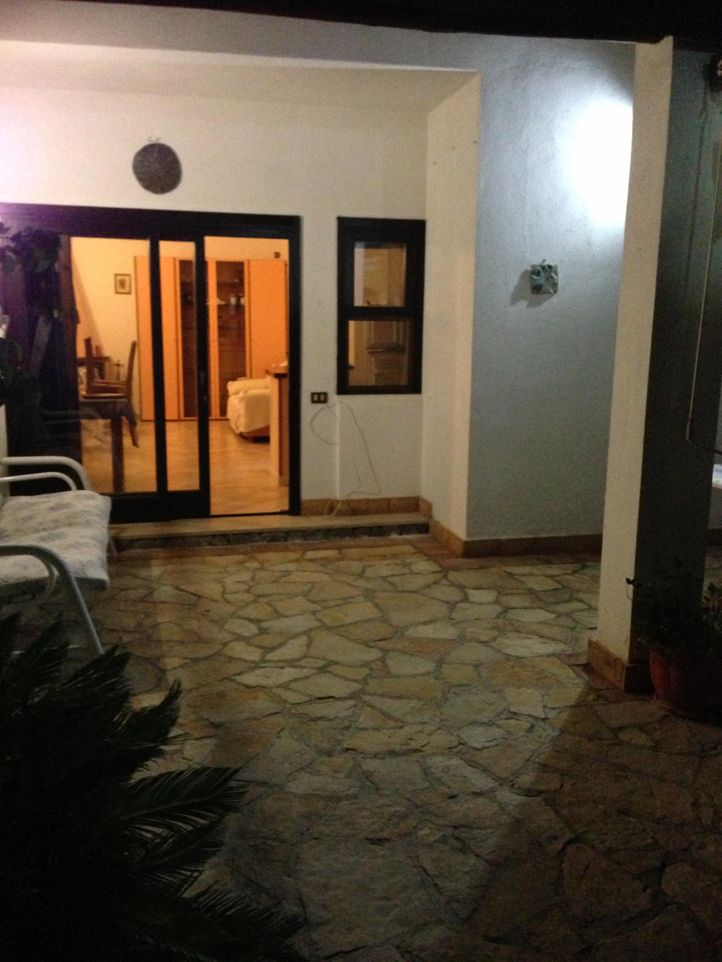 Fittasi vacanze villetta palinuro satempo di casa portici for Piani di casa cottage con portici
