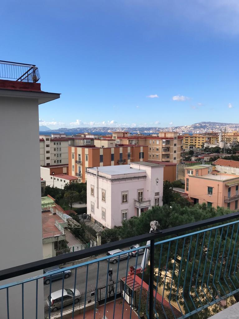 Fittasi Appartamento Via Amendola Portici Na