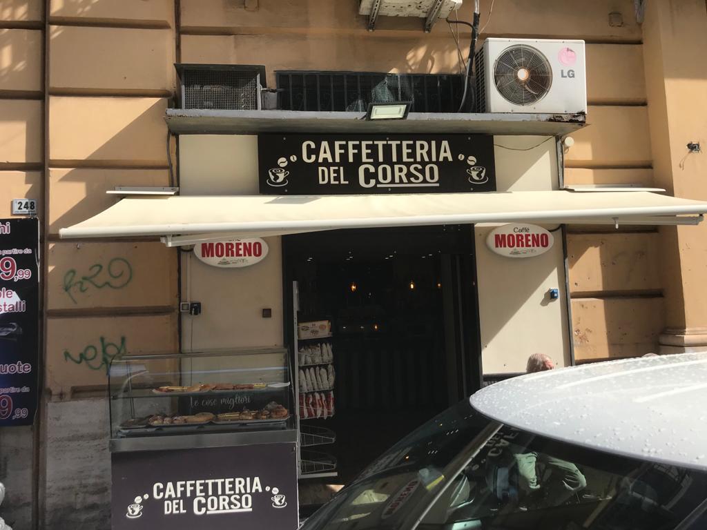 Vendesi Locale Commerciale Corso Garibaldi Portici Na