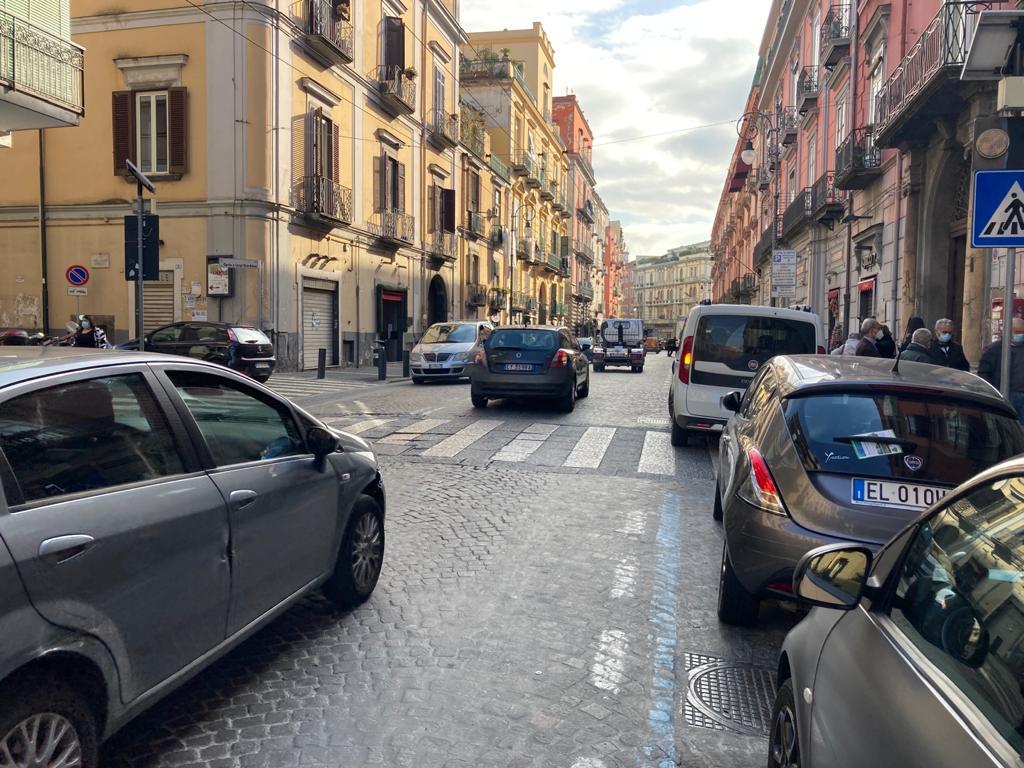 Vendesi monolocale Corso Garibaldi Portici Na